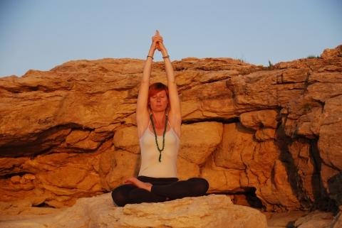 E io scrivo con lo Yoga